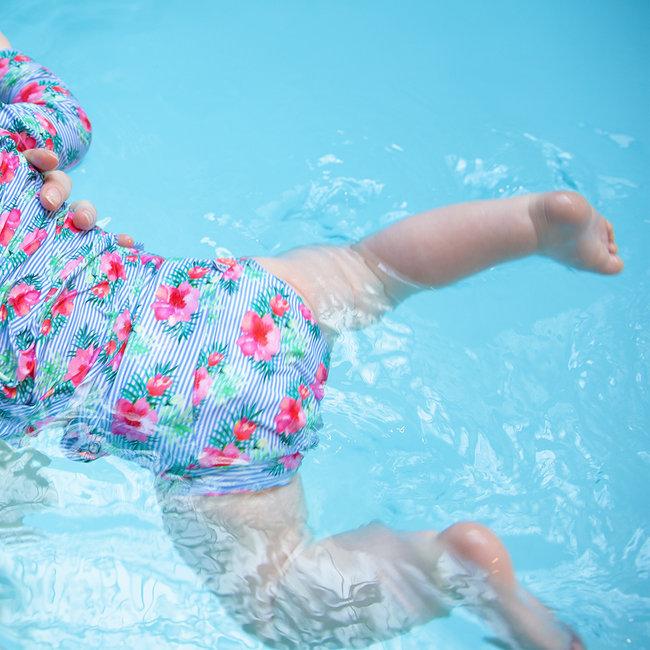 Couche piscine pour b b nageur pimprenelle - Couche bebe pour piscine pampers ...